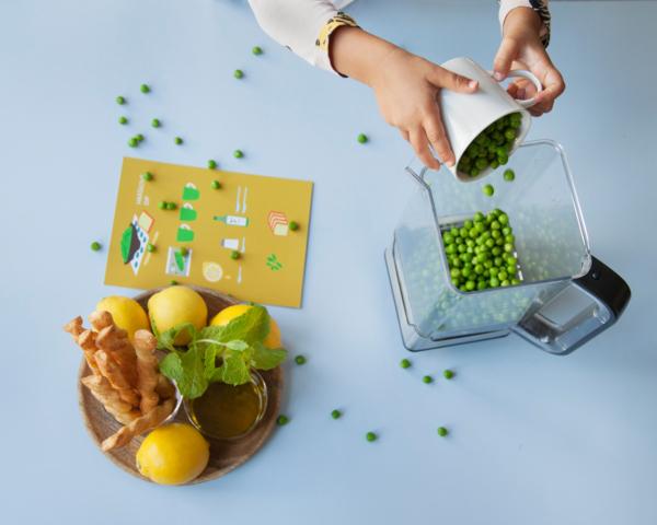 Příprava hráškového dipu podle obrázkového receptu - Děti vaří.